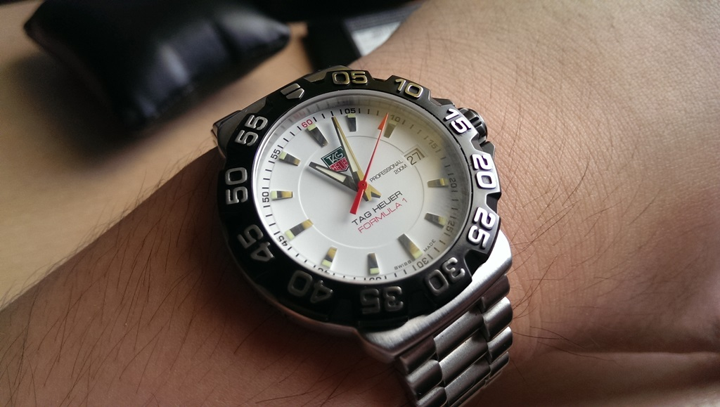 Steel case tag heuer formula 1 replica watch ref.WAH1111.BA0850